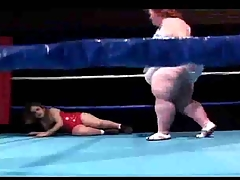 bbw wrestling take a midge