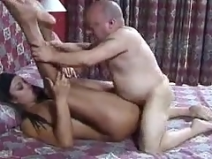 Savoury Latina boned with regard to dramatize expunge butt by a midget